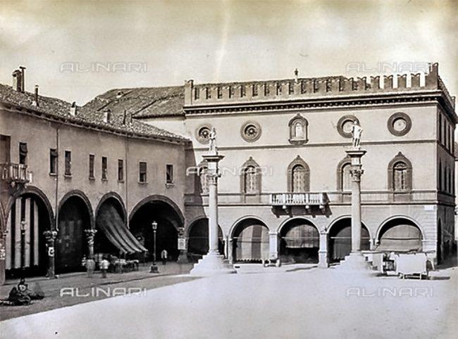 Façade of the Town Hall –1880-1890 ca. – Raccolte Museali Fratelli Alinari (RMFA)- Malandrini collection, Florence.