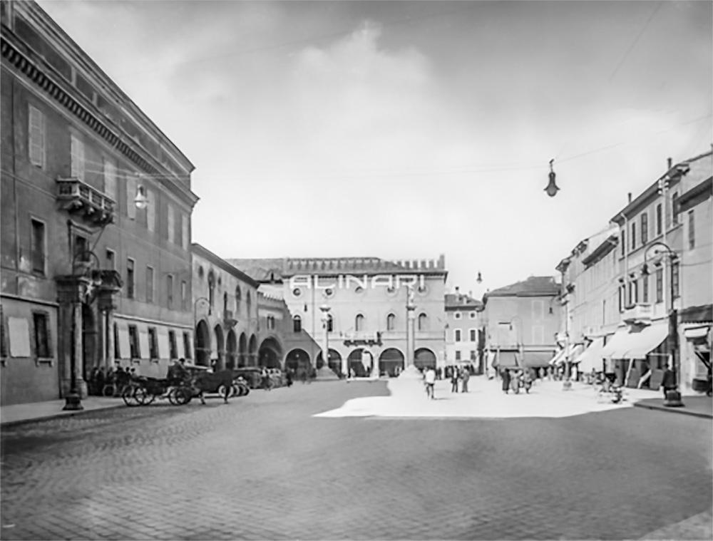 Piazza del Popolo ieri (anni 1915-1920 ca.) – Archivi Alinari Firenze