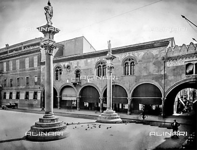 Facciata del Palazzetto Veneziano – 1930 ca. - Archivi Alinari, Firenze