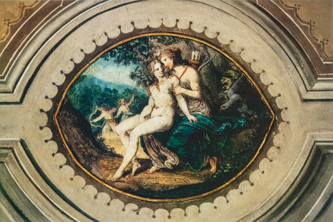 Ceiling of the room with the loves of Jupiter – Detail. Jupiter under the guise of Diana seduces Callisto - Ravenna segreta – Archivio relazioni di restauro Soprintendenza – Angelo Longo Editore