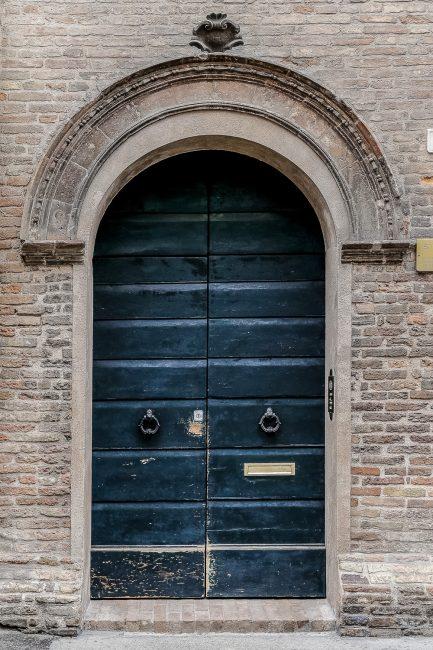 Il portalino cinquecentesco