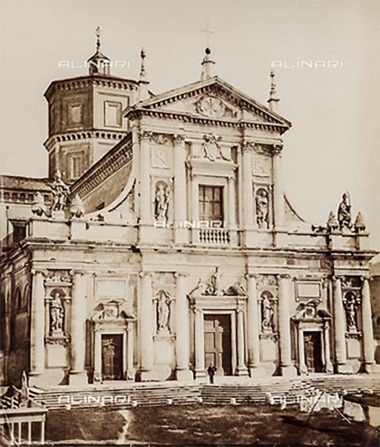 Facciata della Basilica di Santa Maria in Porto, nel 1885 – Raccolte Museali Fratelli Alinari Firenze