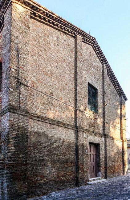 La facciata anteriore