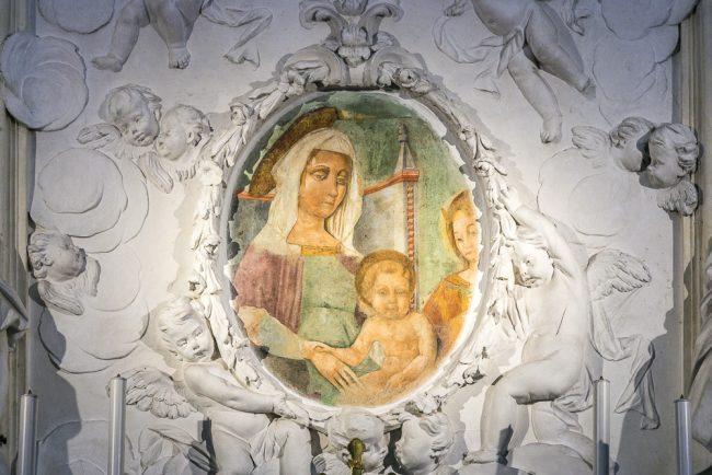L'affresco della Madonna dei tumori (XV-XVI sec.) – Navata destra