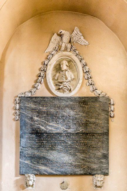 Il cenotafio di Camillo Morigia (fine XVIII sec.) – Navata destra