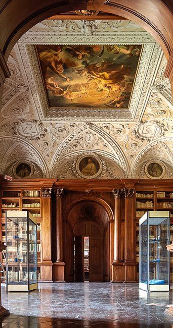 Sala delle scienze e delle arti, opera neoclassica di Camillo Morigia (1744-1795) – Foto Biblioteca Classense