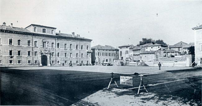 The buildings destroyed to allow the construction of the House of the Mutilated - La nuova Casa del Mutilato - Edizioni del Girasole