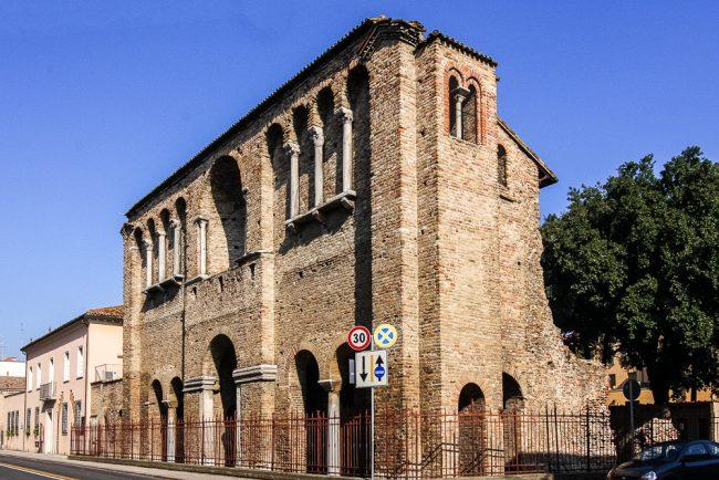 La facciata attuale dell'edificio