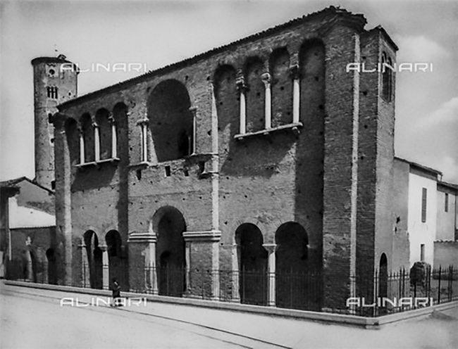 Il Palazzo di Teodorico a Ravenna, 1910 ca., Raccolte Museali Fratelli Alinari, Firenze